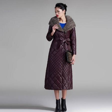 恺瑞女士水貂帽皮羽绒·紫红色